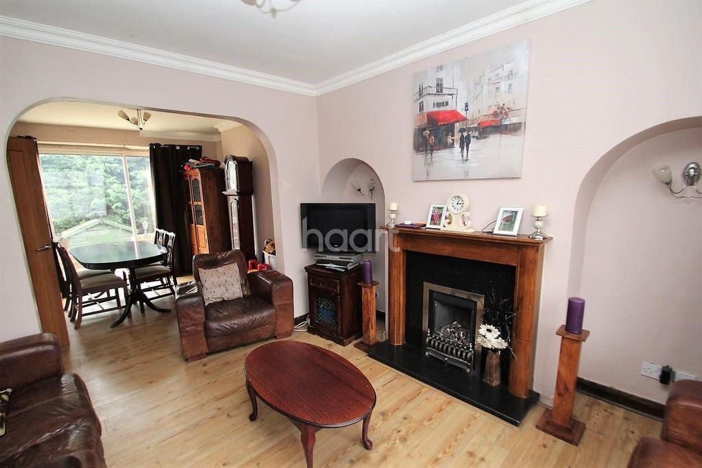 3 Bedrooms Semi Detached House for sale in Trending In Stopsley