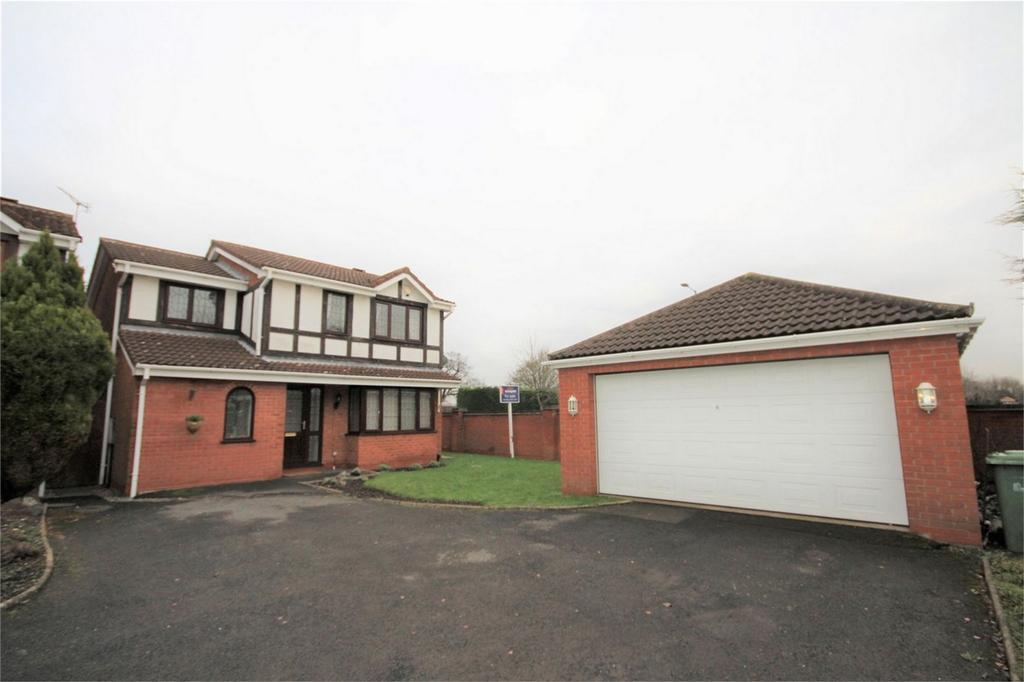 4 Bedrooms Detached House for sale in St Austell Close, Horeston Grange, Nuneaton, Warwickshire