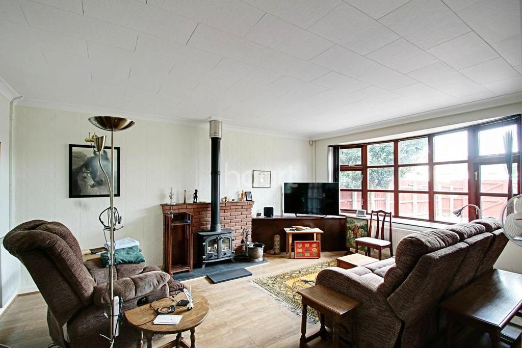 3 Bedrooms Bungalow for sale in Ipswich