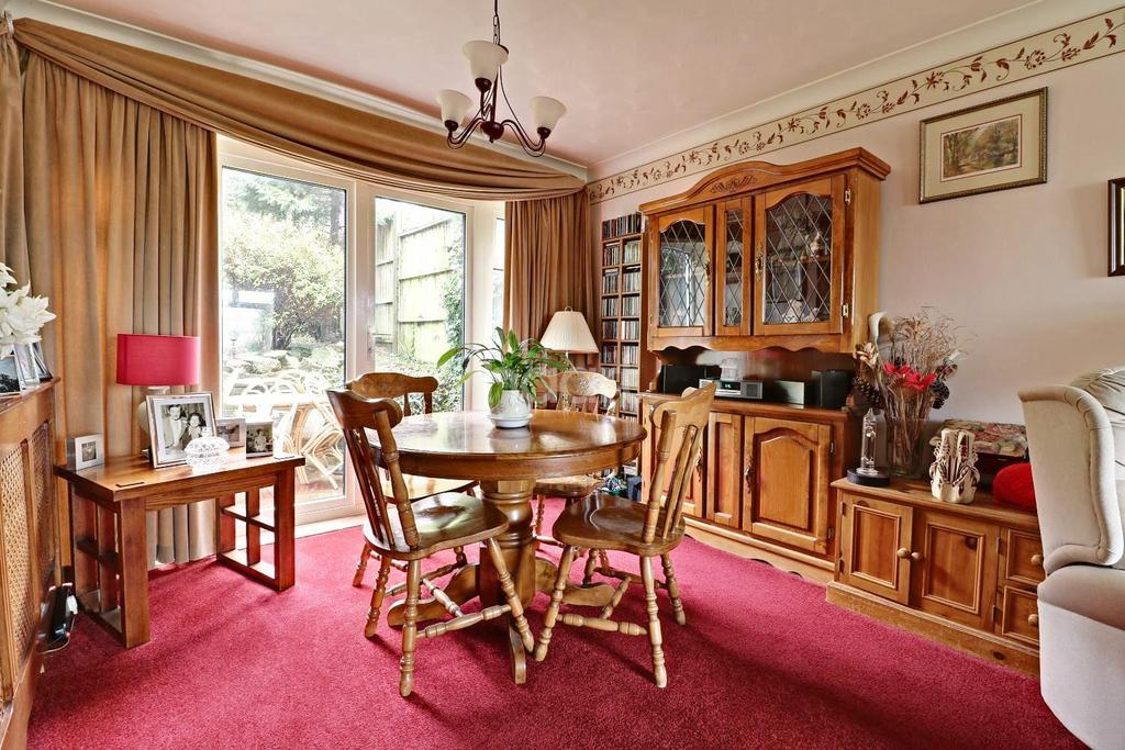 3 Bedrooms End Of Terrace House for sale in Draycote Rd, Clanfield