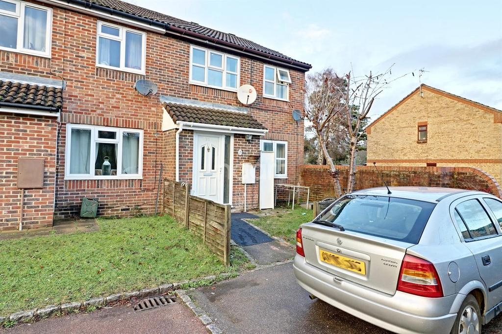 5 Bedrooms End Of Terrace House for sale in Batcombe Mead, Bracknell