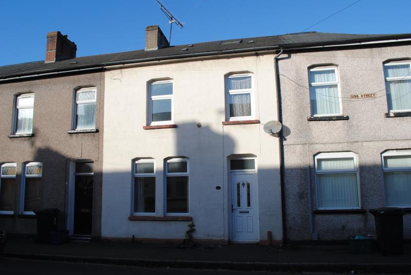 2 Bedrooms Terraced House for sale in Usk Street, Newport