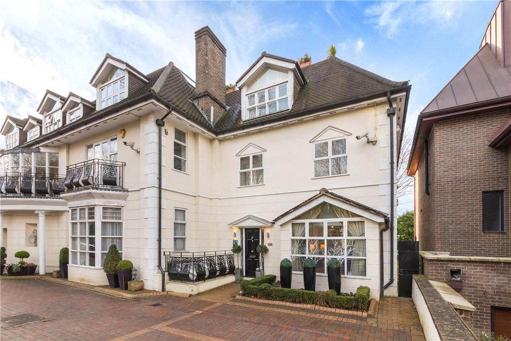 3 Bedrooms Semi Detached House for sale in West Heath Road, London, NW3