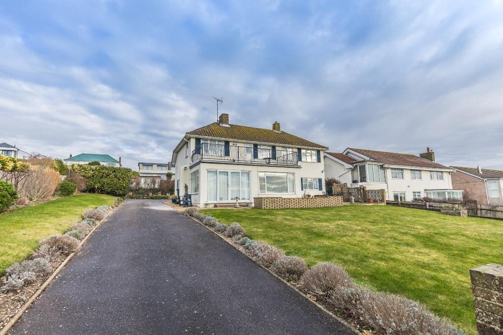 3 Bedrooms Detached House for sale in Roedean Way Brighton East Sussex BN2