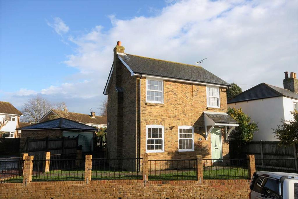 3 Bedrooms Detached House for sale in Church Street, Walmer