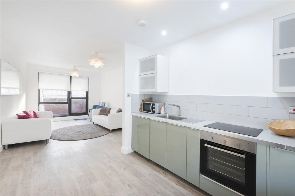 2 Bedrooms Flat for sale in Old Compton Street, London