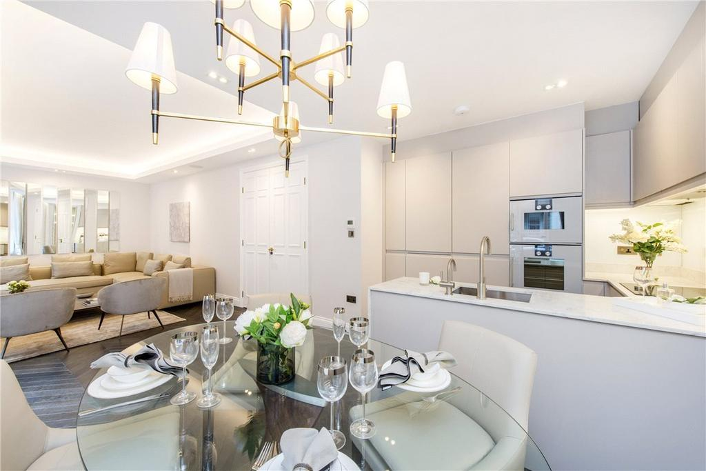 2 Bedrooms Flat for rent in 82 Portland Place, Marylebone