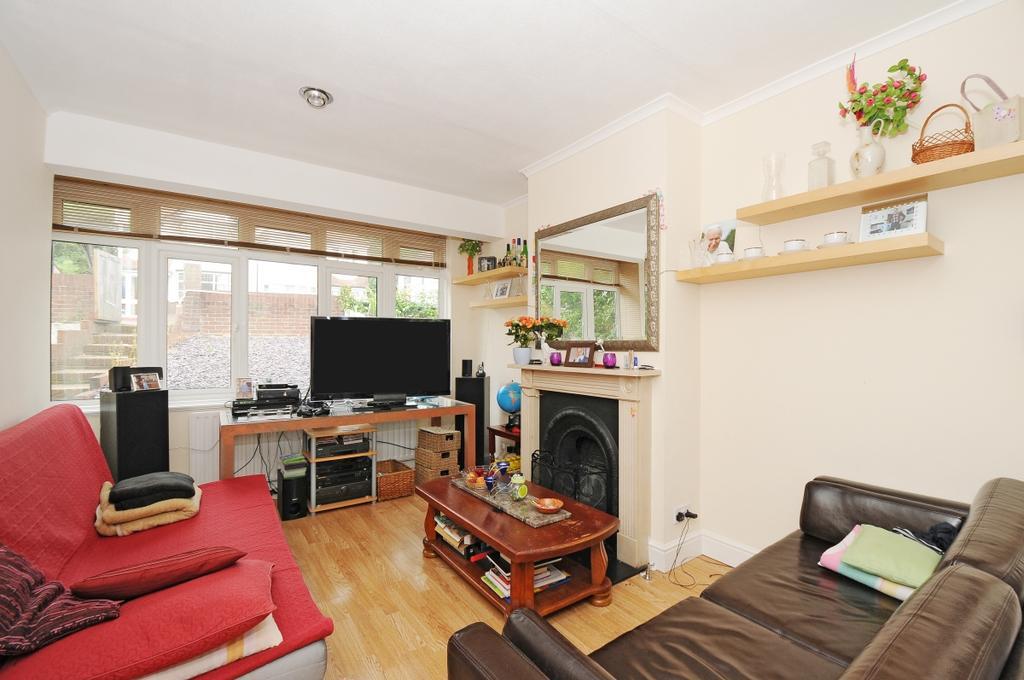 3 Bedrooms House for rent in Grange Road Upper Norwood SE19
