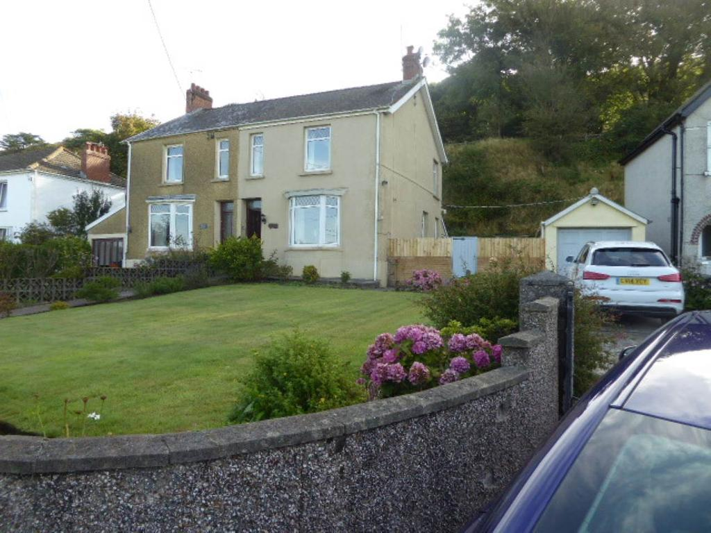 3 Bedrooms House for rent in Holcwm Way, Ferryside, Carmarthenshire