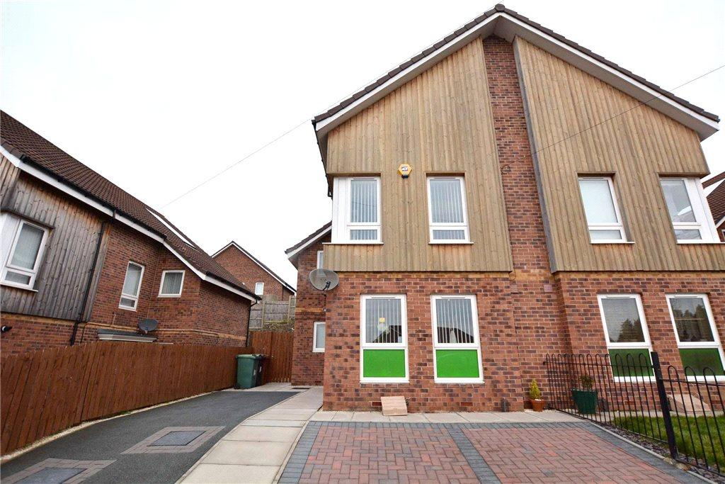 3 Bedrooms Semi Detached House for sale in New Fairfield Street, Leeds, West Yorkshire