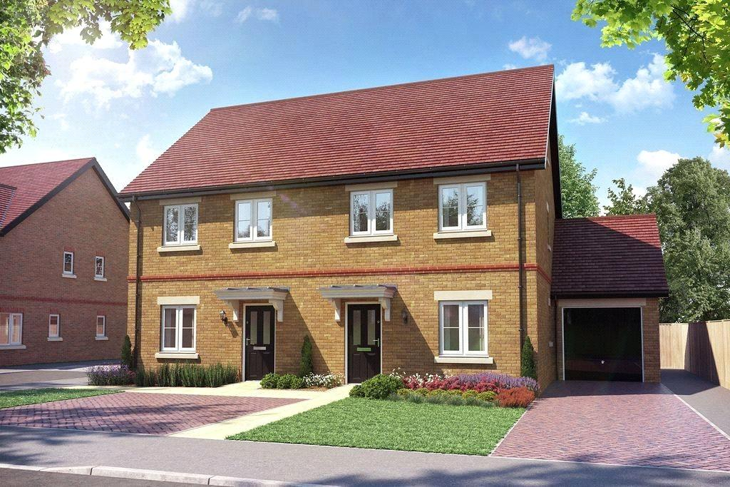 3 Bedrooms Semi Detached House for sale in Farriers Rise, Bishops Lane, Ringmer, East Sussex