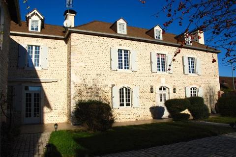 5 bedroom country house  - Maison de Maitre, Lescar, Pyrenees Atlantiques