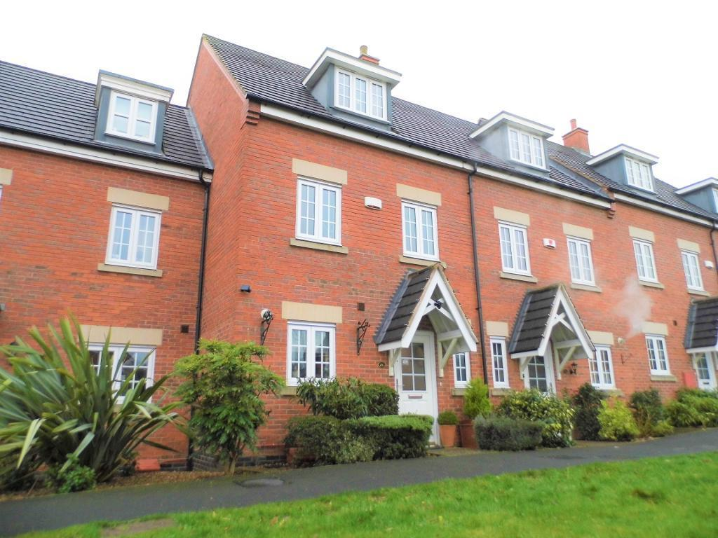4 Bedrooms Town House for sale in Yaffle Crescent, Desborough, Northampton, NN14 2GB