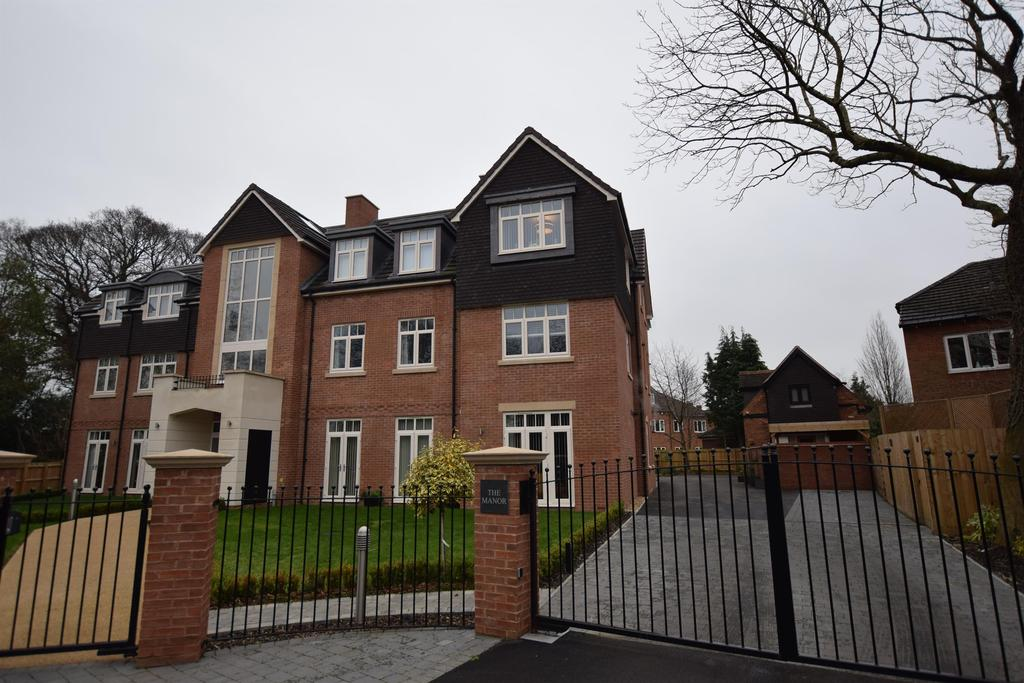 2 Bedrooms Apartment Flat for sale in Manor Road, Solihull
