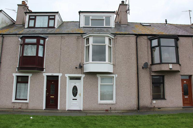 2 Bedrooms Terraced House for rent in Queens Park, Holyhead