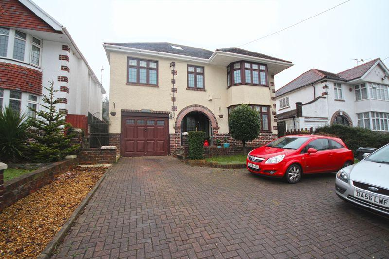 4 Bedrooms Detached House for sale in Newport Road, Old St Mellons