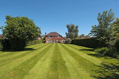 5 bedroom detached house for sale - Framfield Road, Buxted, East Sussex