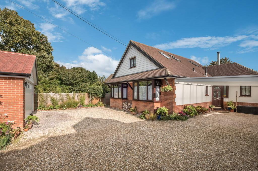 4 Bedrooms Detached House for sale in Bembridge , Isle Of Wight
