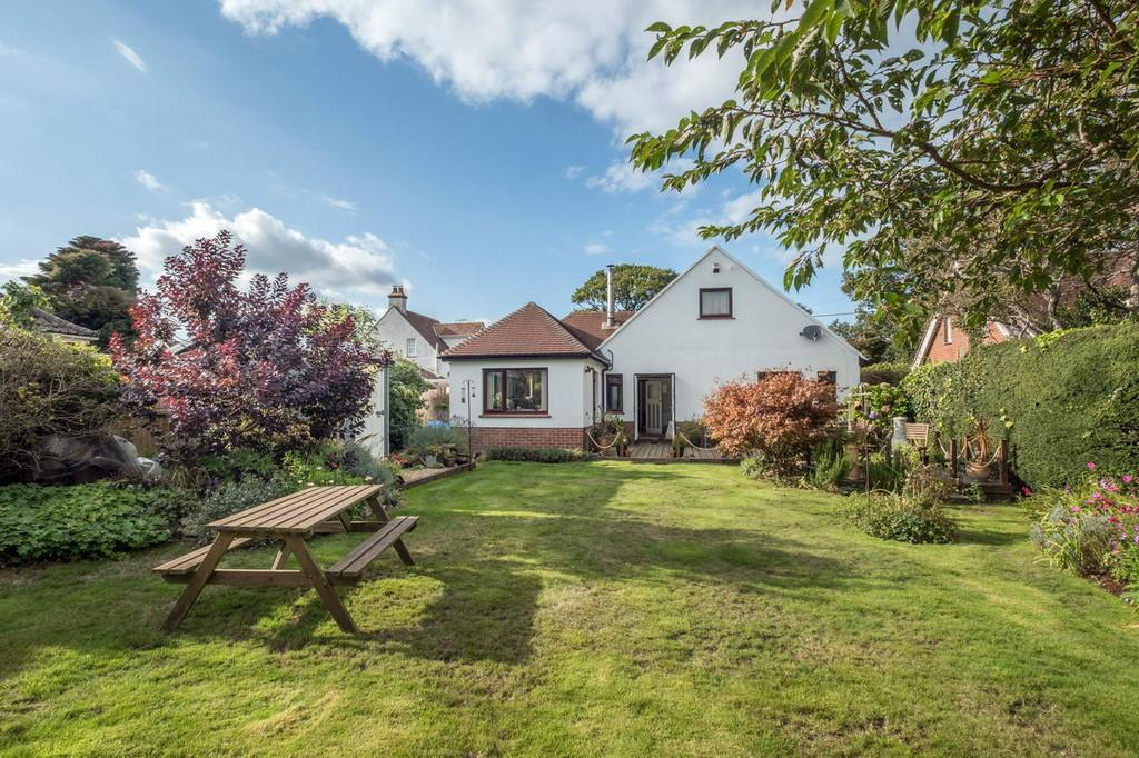 4 Bedrooms Detached House for sale in Bembridge, Isle Of Wight