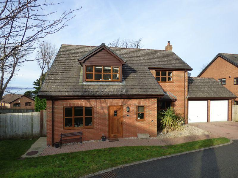 4 Bedrooms Detached House for sale in Parc Moel Lus, Penmaenmawr