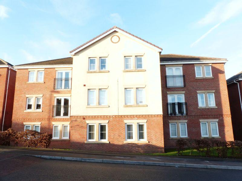 2 Bedrooms Apartment Flat for sale in Blue Cedar Drive, Streetly