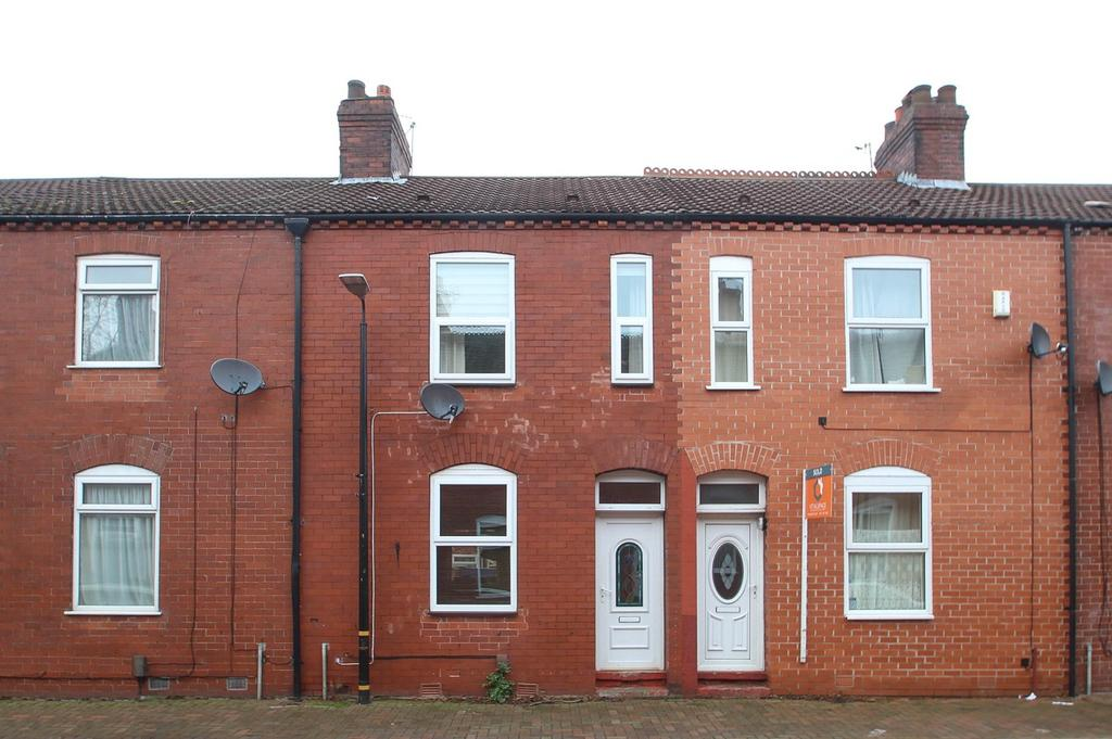 2 Bedrooms Terraced House for sale in Stephen Street, Urmston, Manchester, M41
