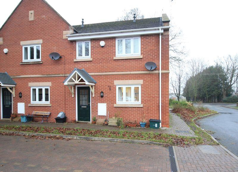2 Bedrooms Terraced House for sale in 8 Plas Y Waun, Chirk