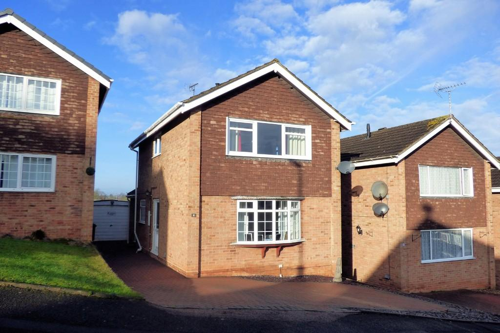 3 Bedrooms Detached House for sale in Field Rise, Burton-on-Trent