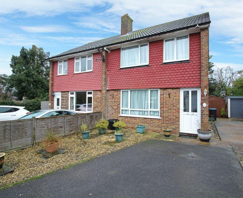 3 Bedrooms Semi Detached House for sale in Albert Road, Warlingham, Surrey