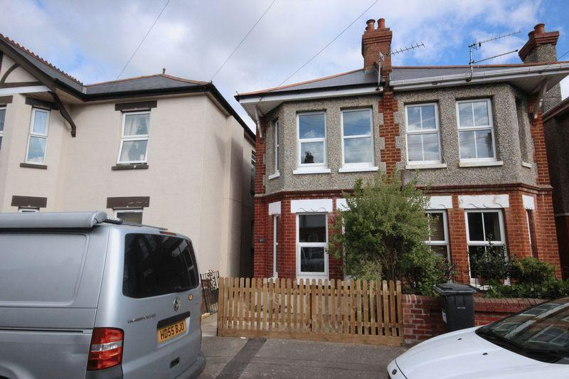 3 Bedrooms Semi Detached House for sale in Wheaton Road, Pokesdown, Bournemouth