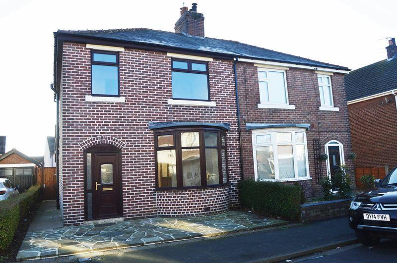 3 Bedrooms House for sale in Hayfield Avenue, Poulton-Le-Fylde