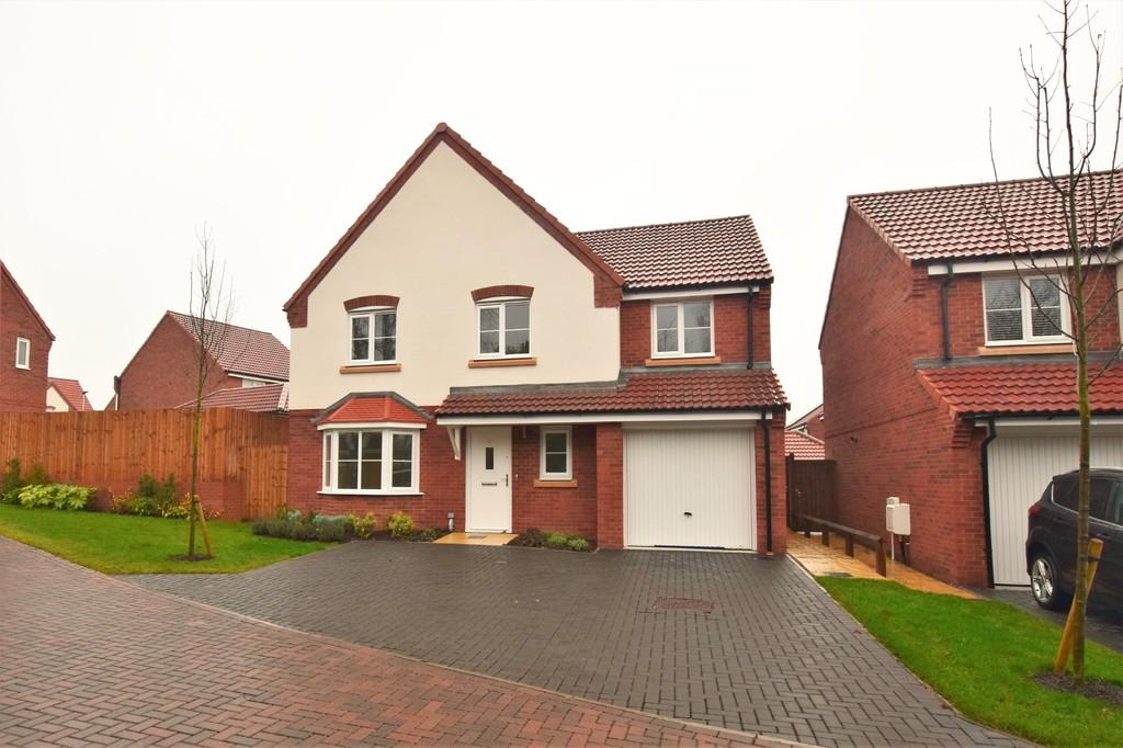 5 Bedrooms Detached House for sale in Great Cornard, Sudbury CO10 0JH