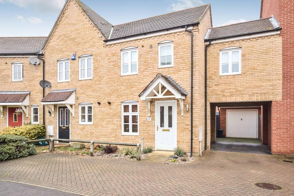 3 Bedrooms Link Detached House for sale in Freeman Close, Colchester, CO4 5FJ