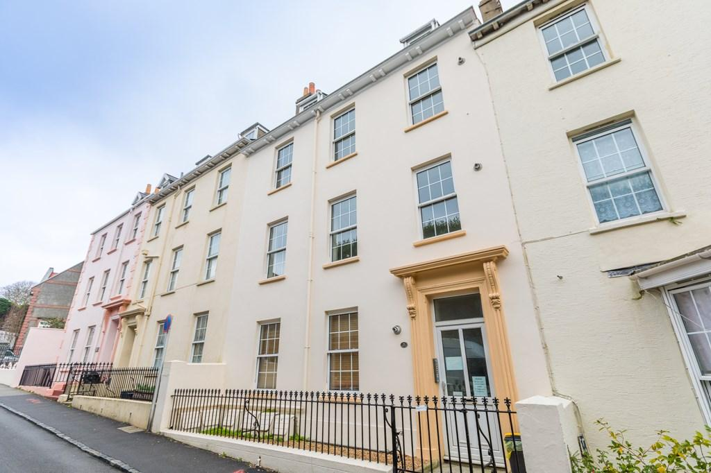 1 Bedroom Apartment Flat for sale in Vauvert, St. Peter Port, Guernsey