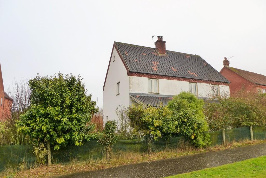 3 Bedrooms Detached House for sale in Trimingham