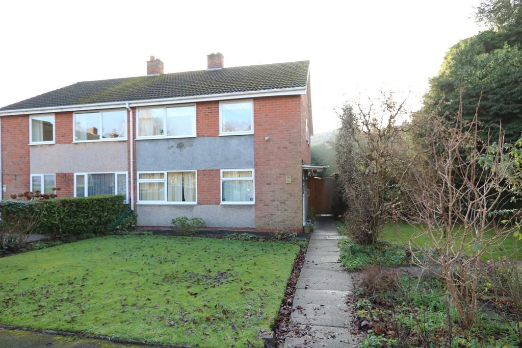 2 Bedrooms Ground Maisonette Flat for sale in St. Johns Close, Knowle