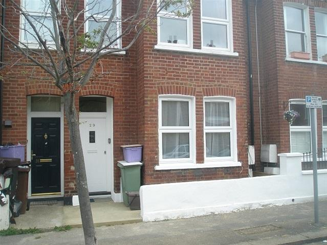 2 Bedrooms Flat for sale in MILLER ROAD, COLLIERS WOOD