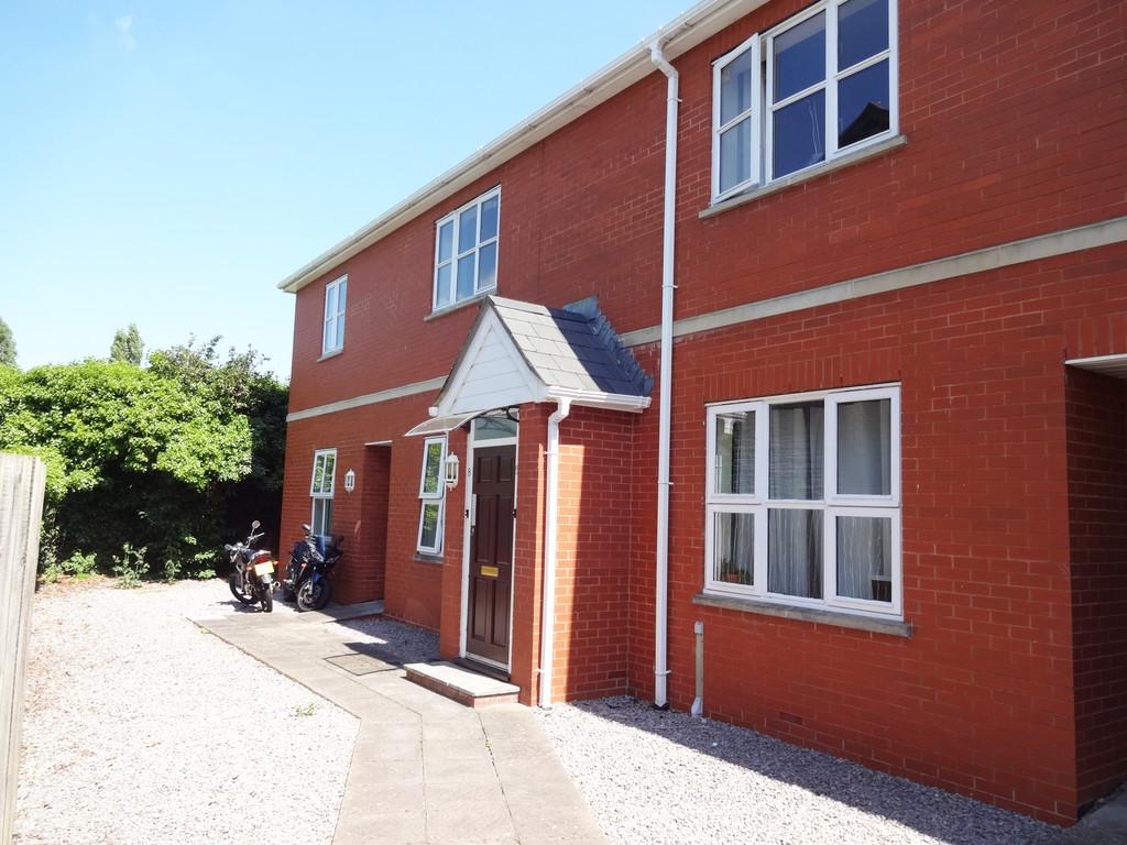 2 Bedrooms Ground Flat for rent in Church View Court, Glastonbury