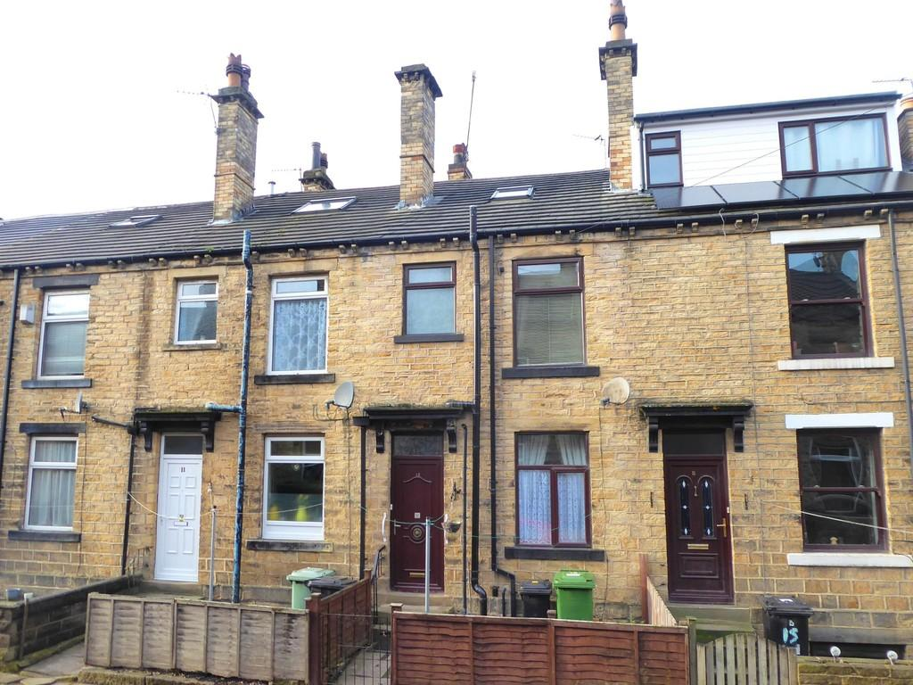 3 Bedrooms Terraced House for sale in West Grove Street, Stanningley