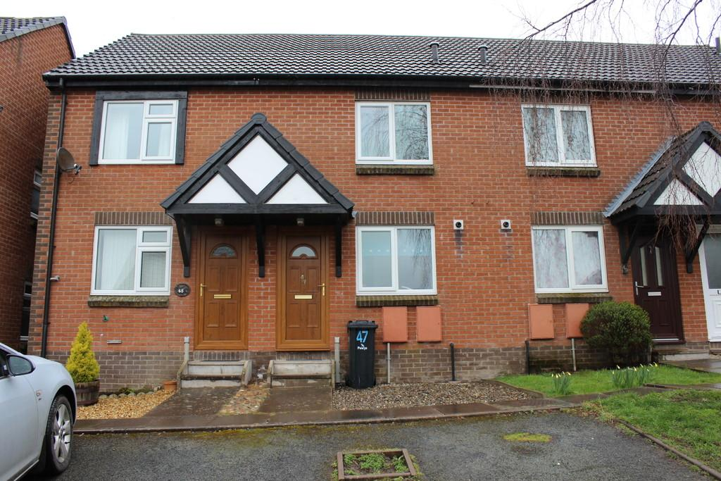 2 Bedrooms Terraced House for rent in Glandwr, Vaynor, Newtown