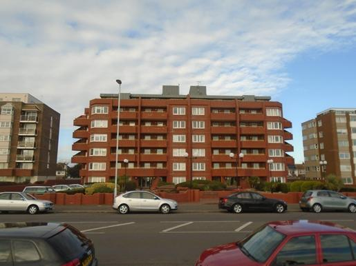 2 Bedrooms Flat for rent in Worthing Seafront