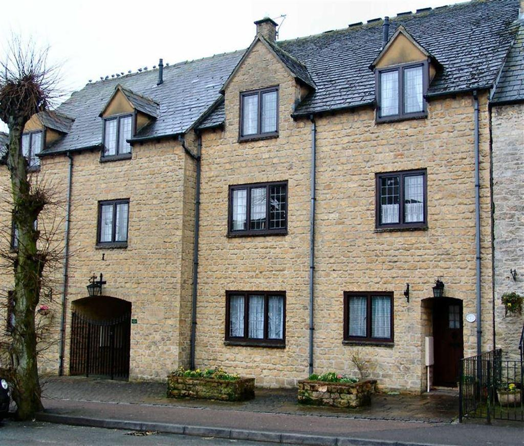 2 Bedrooms Terraced House for rent in Parkland Mews, Stow On The Wold, Gloucestershire