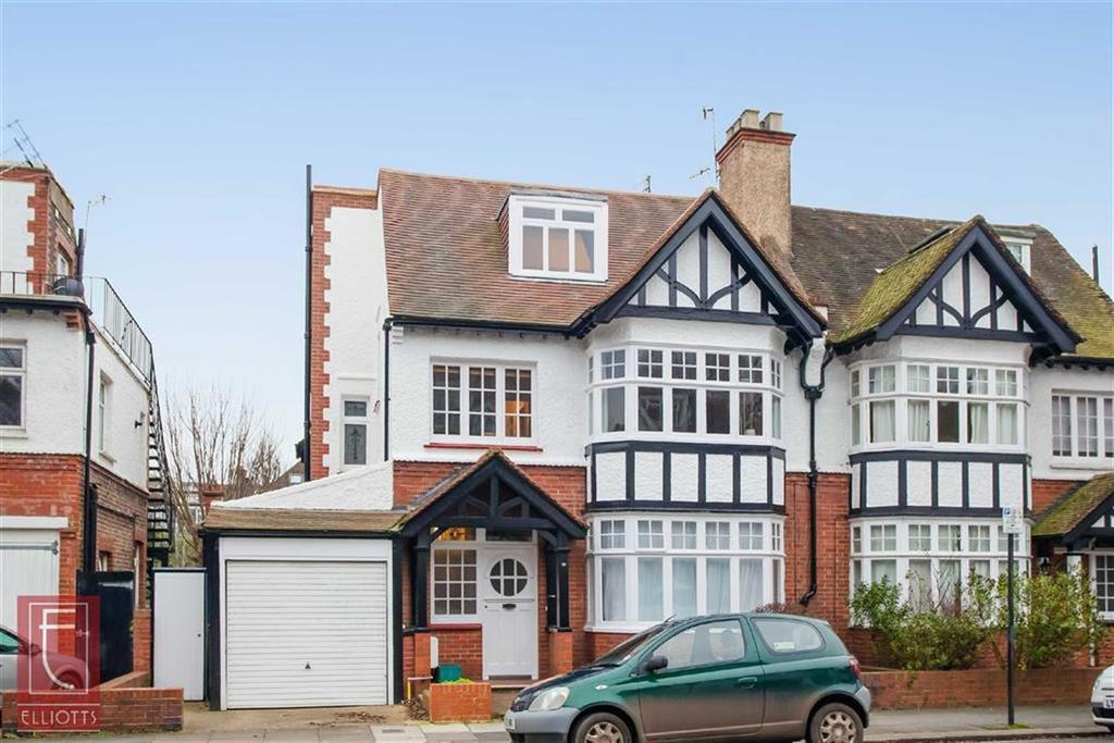3 Bedrooms Maisonette Flat for sale in York Avenue, Hove, East Sussex