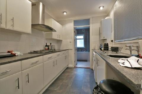2 bedroom terraced house to rent - COPNOR - STATION ROAD - UNFURN