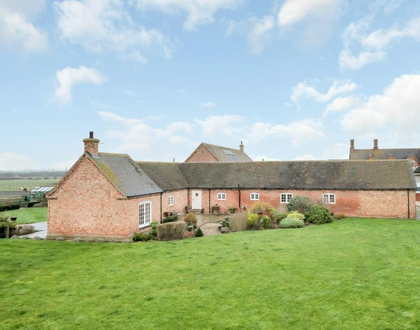 4 Bedrooms Barn Conversion Character Property for sale in Works Lane, Barnstone, Nottingham
