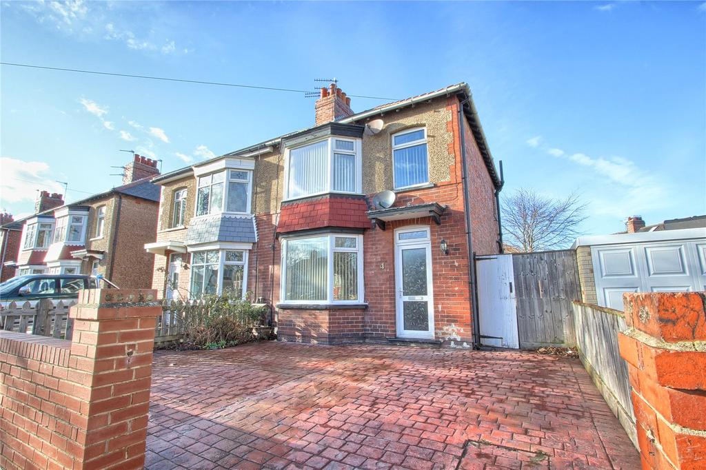 3 Bedrooms Semi Detached House for sale in Hampton Grove, Redcar