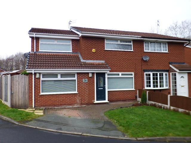 4 Bedrooms House for sale in Dorrington Close, Borrows Bridge, Runcorn