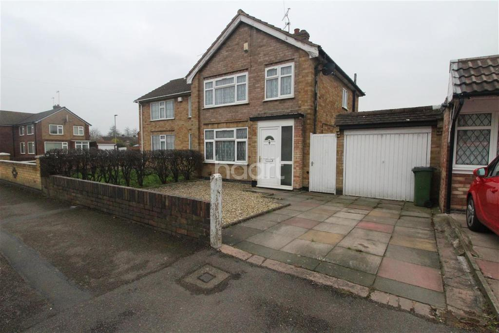 3 Bedrooms Semi Detached House for rent in Hazel Drive, Narborough Road South