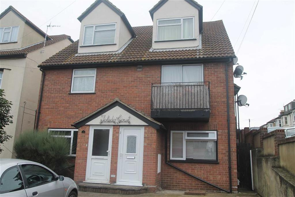 1 Bedroom Apartment Flat for sale in Toledo Road, Southend On Sea, Essex