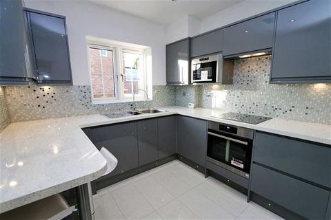2 bedroom detached house for sale - Lyndhurst Road, Bexleyheath, Kent, DA7
